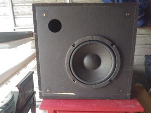 Subwoofer in box for Sale in Painesville, OH