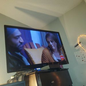 """Insignia 48"""" LCD for Sale in Texas City, TX"""