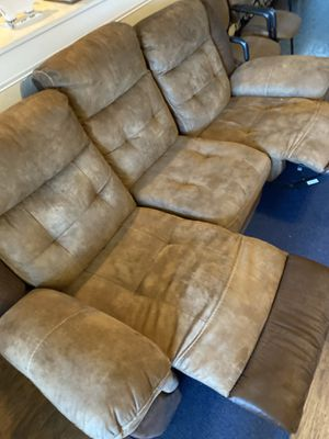 Man Wah Furniture Couch & Love Seat for Sale in Haines City, FL