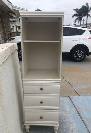 Cabinet shelf for Sale in Chula Vista, CA