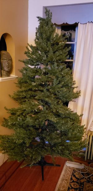 7.5 Christmas tree for Sale in Manchester, PA