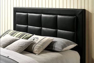 QUEEN BED FRAME W/ MATTRESS INCLUDED for Sale in Torrance, CA