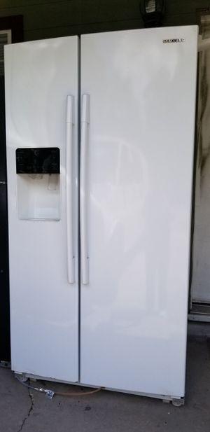 Samsung refrigerator for Sale in Houston, TX