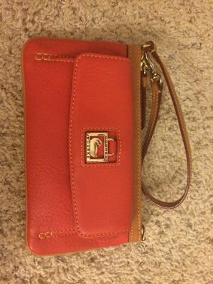 Dooney & Bourke wristlet for Sale in Seattle, WA