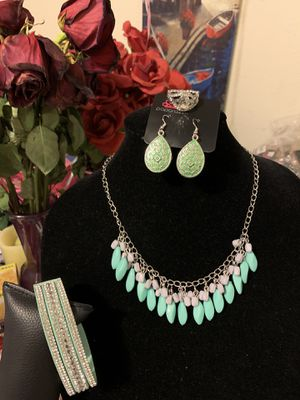 New 4pc set color mint: necklace, bracelet, earrings and ring for Sale in Orange, CA