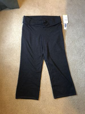 Old Navy Go-Dry Capri Leggings for Sale in Pittsfield, MA