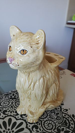 Hand Painted Cat Brush Holder for Sale in Scotts Valley, CA