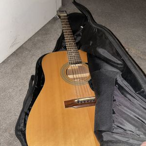 Acoustic Guitar for Sale in Las Vegas, NV