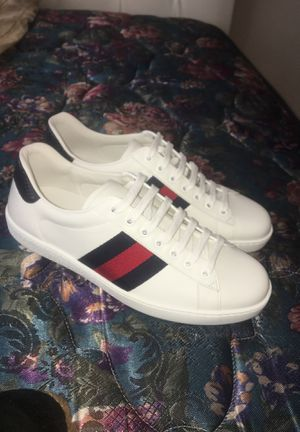 Gucci shoes men SZ 7 for Sale in Tacoma, WA