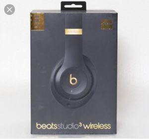Beats studio 3 brand new for Sale in Bellevue, WA