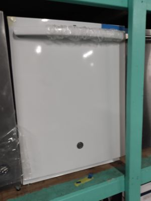 GE new scratch and dent white dishwasher working perfectly 4 months warranty for Sale in Baltimore, MD