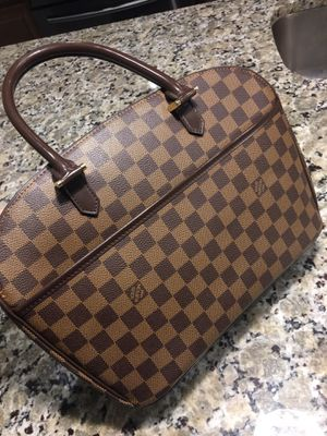 AUTHENTIC REAL LV BAG $700 for Sale in Land O Lakes, FL