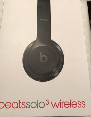 Brand New Dr Dre Beats Solo3 Wireless Bluetooth Headphones for Sale in Cleveland, OH