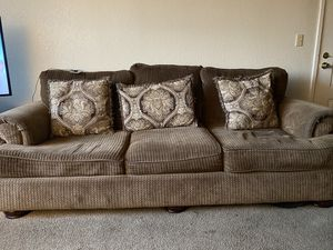 Leave seat and full couch for Sale in Dinuba, CA