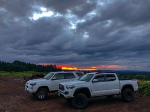 2018 Toyota Tacoma off-road 4x4 for Sale in Oregon City, OR