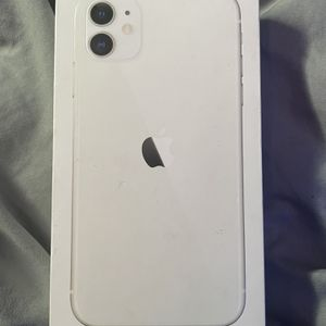 iPhone 11 64g Unlocked for Sale in Canton, MA