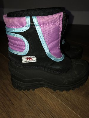 Kids / Youth snow boots for Sale in Rancho Cucamonga, CA