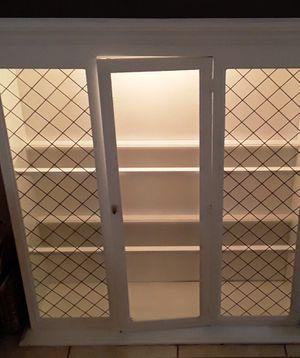 Custom Modern White (2 glass shelf Floor Book Glass) Cabinet for Sale in Miami, FL