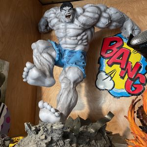 Hulk Statue for Sale in Compton, CA