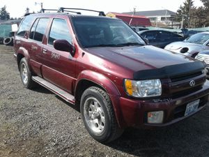 Parting Out - Infiniti QX4 2002 4x4 for Sale in Tacoma, WA