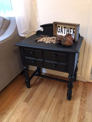 Side table for Sale in Marysville, WA