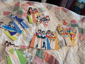 Salon moon paper dolls for Sale in Elma, WA