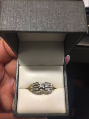 Princess cut gold band diamond ring for Sale in Battle Creek, MI