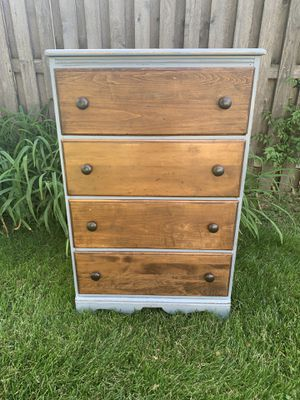 Refinished Farmhouse 4 Drawer Dresser Gray for Sale in Westmont, IL