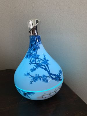 Beautiful Essential oil diffuser for Sale in Niederwald, TX