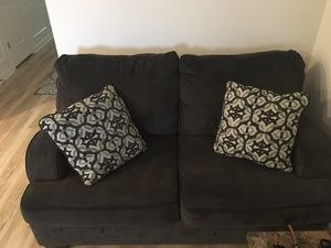 Loveseat and couch for Sale in Shelbyville, TN