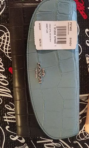 New Coach wallet!! for Sale in Columbus, OH