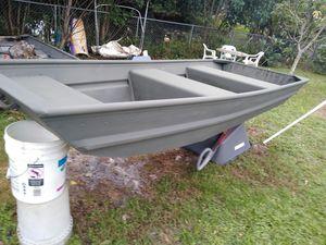 10 ft aluminum lake boat for Sale in Cooper City, FL