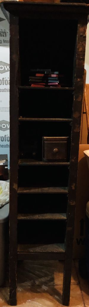 Antique Bookshelf for Sale in Raleigh, NC