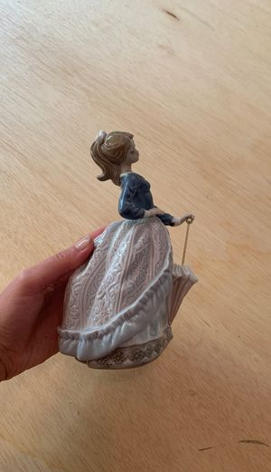 Lladro Spain Porcelain Figurine for Sale in Bellevue, WA
