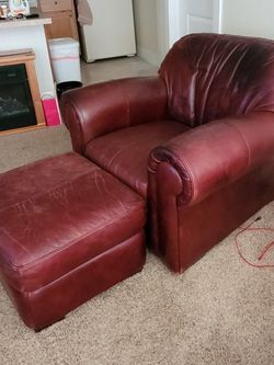 Chair + Ottoman for Sale in Bothell,  WA