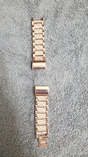 Fitbit HR2 Rosegold Band for Sale in El Cajon, CA