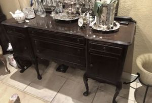 Antique Buffet (Excellent Condition) Width 65 Depth 22 Height 38 for Sale in Miami, FL