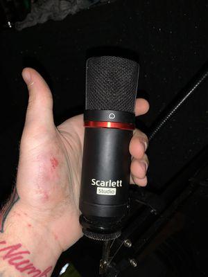 Scarlett studio mic for Sale in Queens, NY