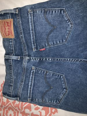 Levi's Jeans for Sale in Jurupa Valley, CA