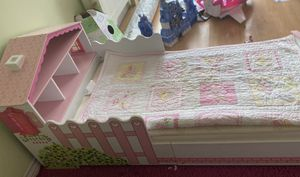Kids Kraft toddler bed and toy box for Sale in San Diego, CA