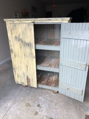 Antique tongue & groove rolling table for Sale in Greenville, SC