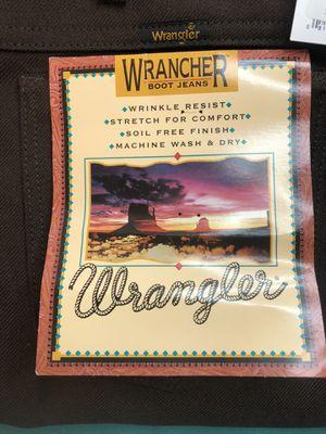 Wrangler Brown Pants 46x30 for Sale in Wichita, KS