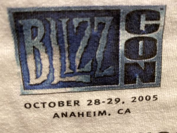 New exclusive Blizzcon World of Warcraft 2005 first Blizzcon event shirt size XL