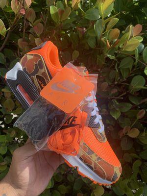 Air max 90 orange camo for Sale in Miami, FL