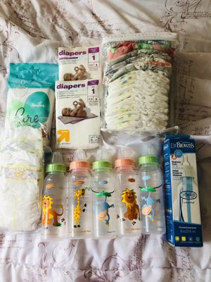 Newborn must haves- diapers/bottles/shoes/playmat etc for Sale in Falls Church, VA