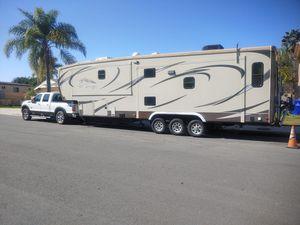 2013 Heartland Big Country 5th Wheel RV Trailer for Sale in San Diego, CA
