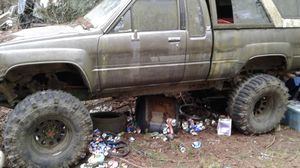 86 toyota 4x4 22re auto 8in lift a blast to drive for Sale in Ravensdale, WA