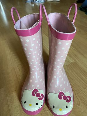 Hello kitty rain boots size 1 for Sale in San Diego, CA