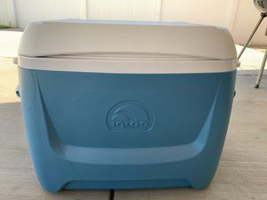 Cooler big for Sale in Ontario, CA