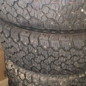 285/75/16 General Grabber A/T X Load E On 4runner Wheels for Sale in Copalis Crossing, WA